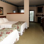 family-suite-hotel-room2