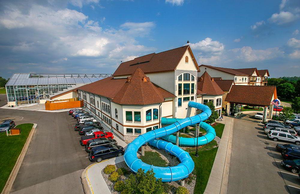 zehnders-splash-village