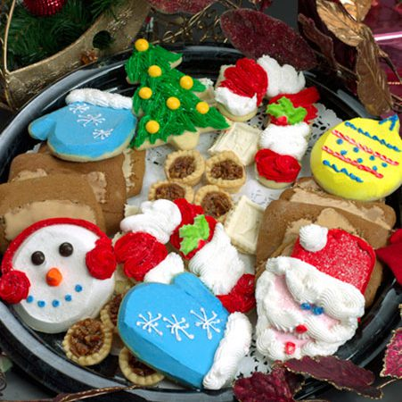 Learn how to decorate holiday cookies