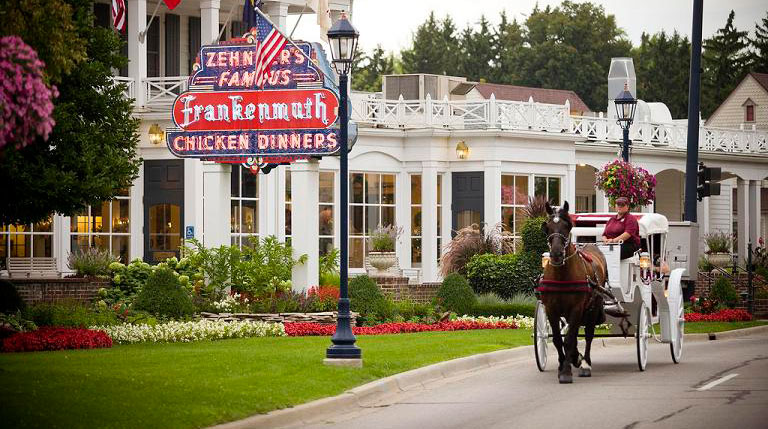 Frankenmuth-carriage-rides-1