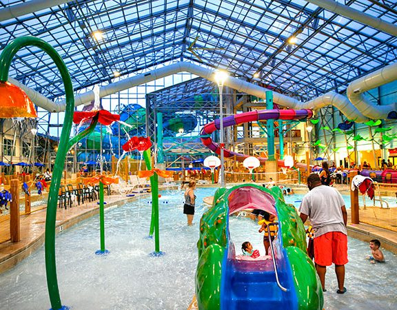 Zehnder's Splash Village Hotel and Water Park - Michigan's top water park